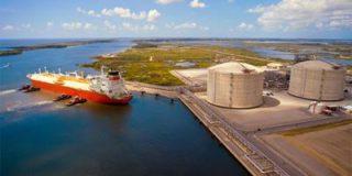 В Варшаве ждут реакцию спецслужб России на разгрузку в польском порту сжиженного газа