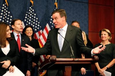 Съезд США начал расследование вотношении Клинтон