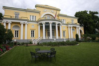 МИД готовит ответные санкции США: выслать из страны 30 дипломатов и конфисковать недвижимость