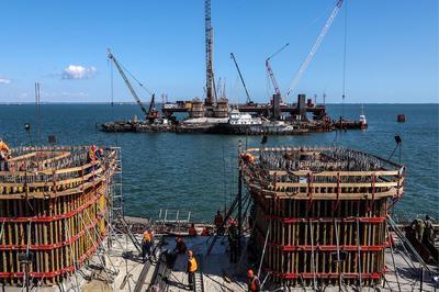 Украина потребует отРФ компенсацию потерь от возведения Керченского моста