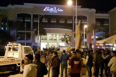 Спецслужбы Египта задержали преступника, нанесшего увечья и порезавшего ножом шестерых отдыхавших
