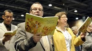 """""""Свидетели Иеговы"""" не хотят прекращать свою деятельность в России, и еще надеются на суд в Европе"""