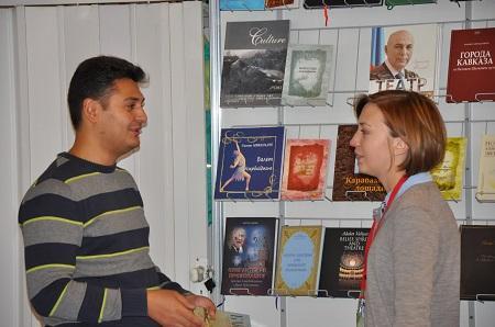 главный консультант отдела по работе с издательствами Министерства культуры и туризма Азербайджана Эльбей Али