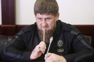 Кадыров предложил изменить сознание россиян, заменив Сталина Хрущевым
