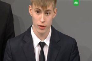 Российский гимназист с трибуны бундестага сожалел о нечеловеческих условиях, которые российские люди создали немцам во время Великой Отечественной войны