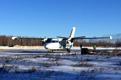 Самолет упал в лес возле поселка Нелькан, выжила только маленькая девочка