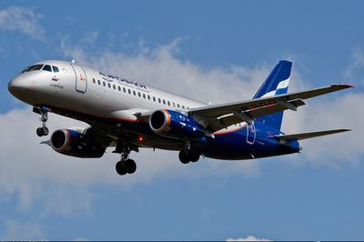 Российская Федерация иИталия будут поставлять самолеты SSJ-100 вЕвропу