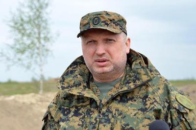 Законодательный проект ореинтеграции Донбасса непредусматривает разрыва дипотношений Украины сРоссией— Турчинов