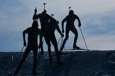Россиян лишили полноправного членства в Международном союзе биатлонистов