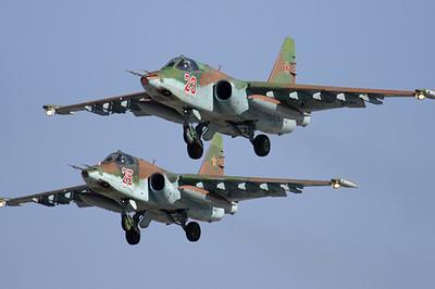 Американские F22 совершили предупредительные выстрелы всторону русских Су-25