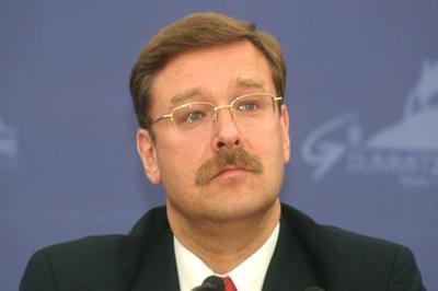 Вчерашнюю версию о двух взрывах в самолете Качинского прокомментировали в Совфеде