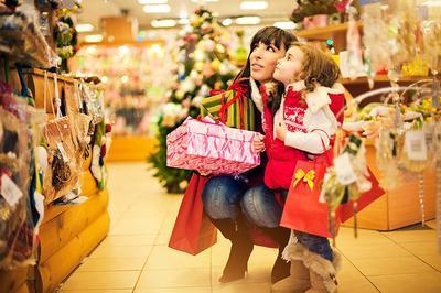 После Нового года россияне истратили еще триллион рублей на покупки