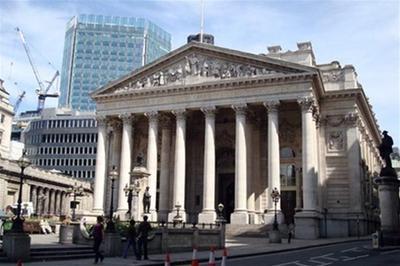 Лондонская фондовая биржа будет недоступна для торгов российскими долговыми бумагами