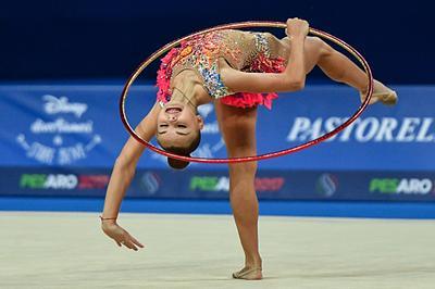 Россиянки завоевали бронзу в групповом многоборье на этапе КМ по художественной гимнастике