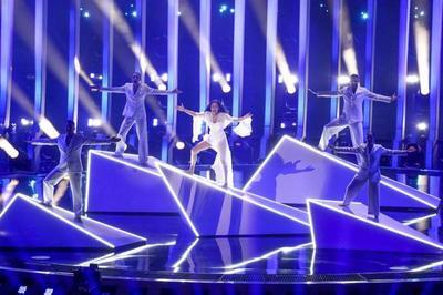 После первого полуфинала Евровидения за первые места остались бороться десять участников