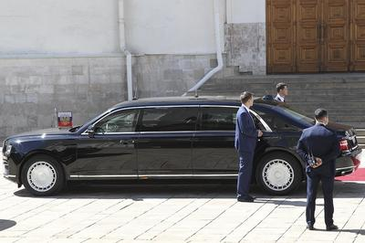 """Автомобили """"Кортеж"""" скоро появятся на дорогах ОАЭ"""