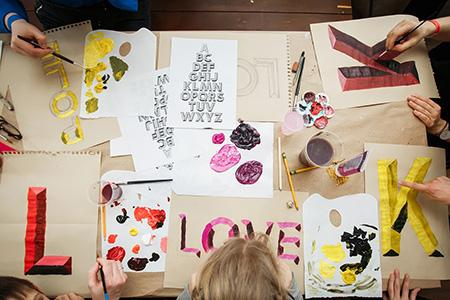"Фестиваль дизайна и графики Wake Up Day в креативном пространстве ""Ткачи"""