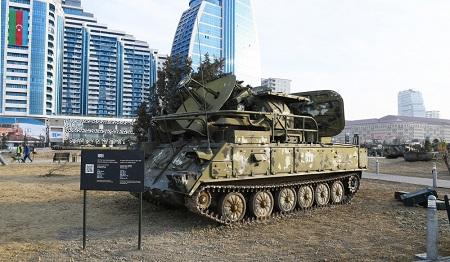 парк военных трофеев Баку