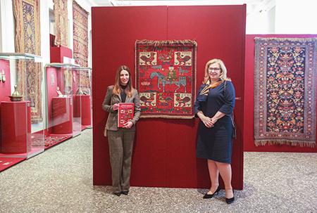 «Вплетая нить судьбы в ковер...» В Петербурге завершилась выставка азербайджанского декоративного искусства