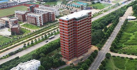 Instacon: 10 этажей – 48 часов (Индия)